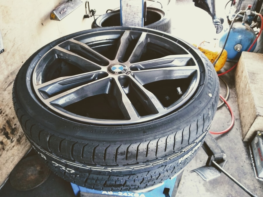 Car tyre puncture fixed in Poole